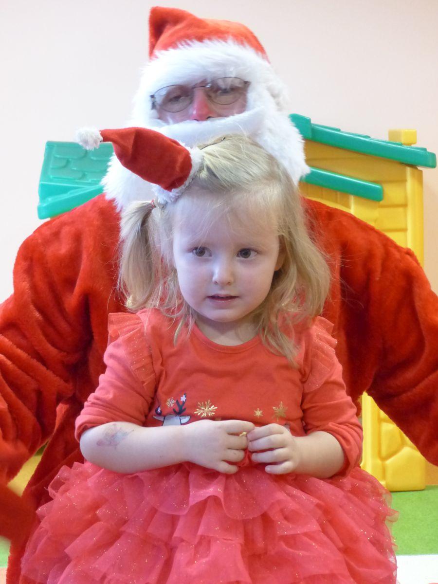 Przeglądasz zdjęcia z artykułu: Wizyta Św. Mikołaja