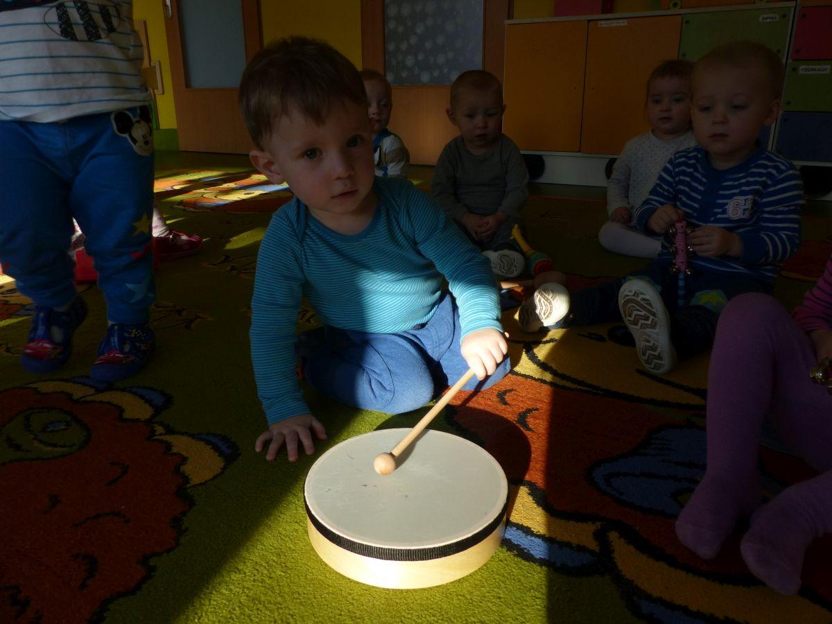 Przeglądasz zdjęcia z artykułu: Poznajemy dźwięki instrumentów