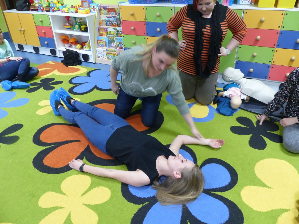 Przeglądasz zdjęcia z artykułu: Szkolenie z zakresu udzielania pierwszej pomocy